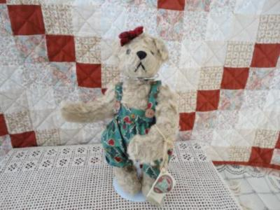 Ganz Cottage RAMONA Bear Artist Mary Holstad 1998