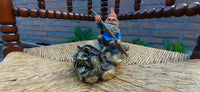 Rien Poortvliet David Gnome KARL Floating Down River 6.9