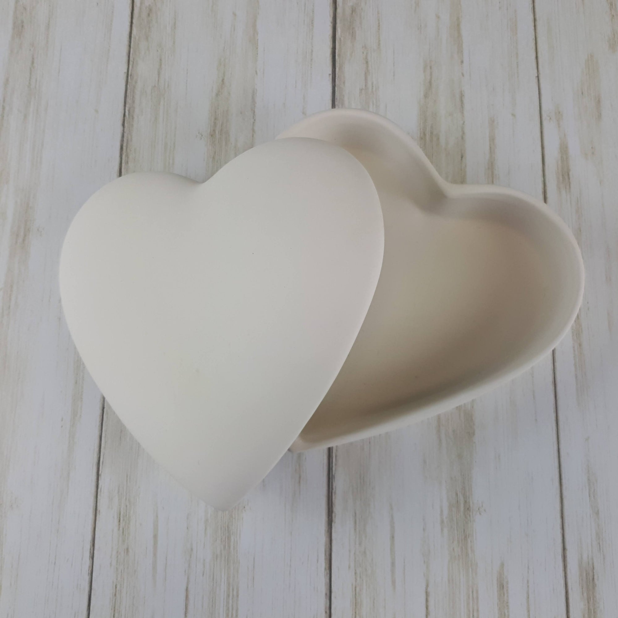 Large Flat Heart Box