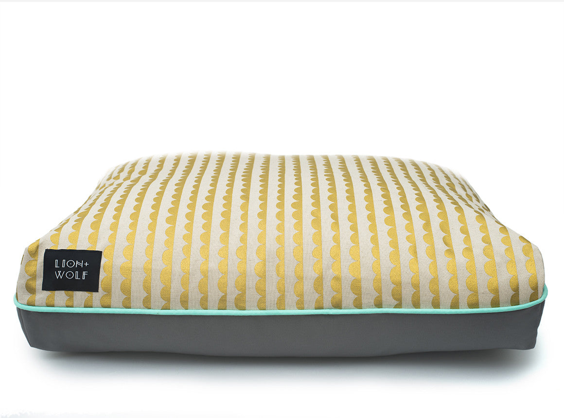 half moon pet bed limited edition