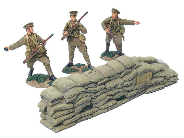 """British Infantry Handing Out Ammo W Britain 23099 /""""Going Up the Line/"""" 1916-18"""