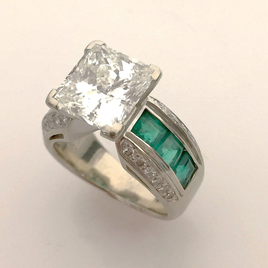 Bespoke Custom Design Women's  Emerald & Dia Wedding Ring