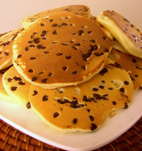 Protein Pancakes with Chocolate chips and Maple syrup
