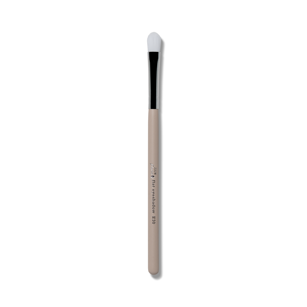 Cruelty Free Flat Shader Brush E30