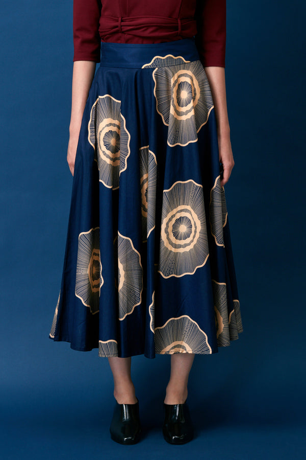 Full Circle Skirt (Navy Wheel)