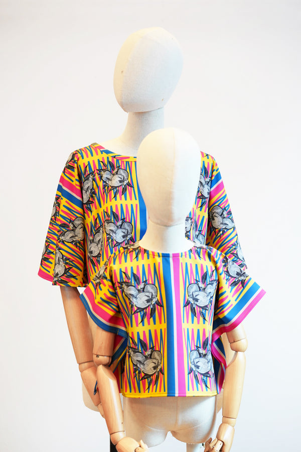 Online Exclusive: Poncho Top (Mao Shan Wang)