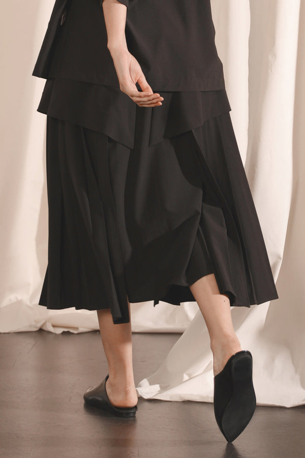 Pleated Double Layered Skirt