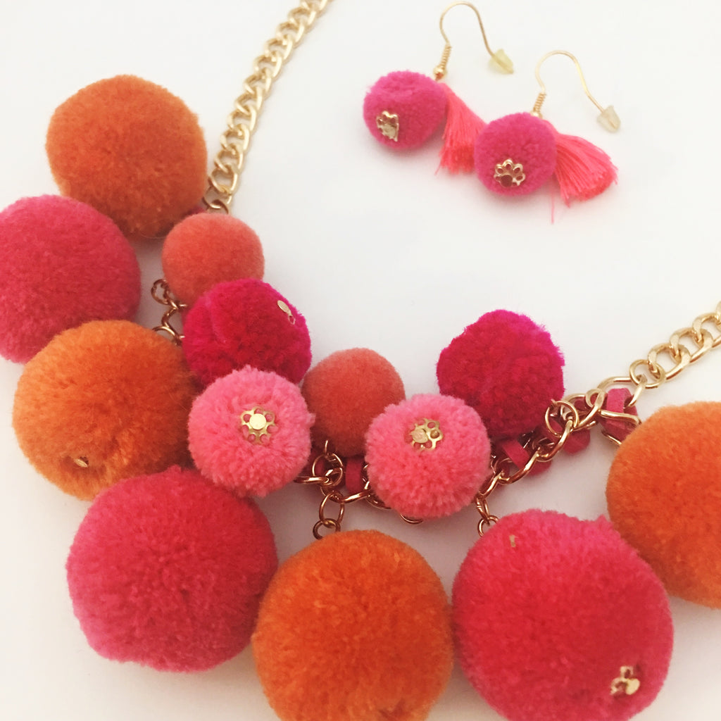 Pom Pom Necklace Set