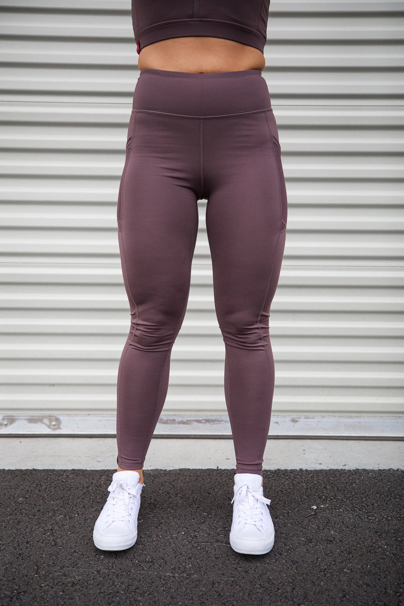 Overlay Mesh-Pocket Leggings