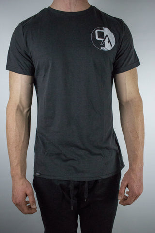 Cali Contrast High-Low Tee (Black)