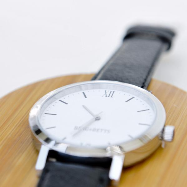 BERG+BETTS | Sustainably made interchangeable watch straps made with recycled leather