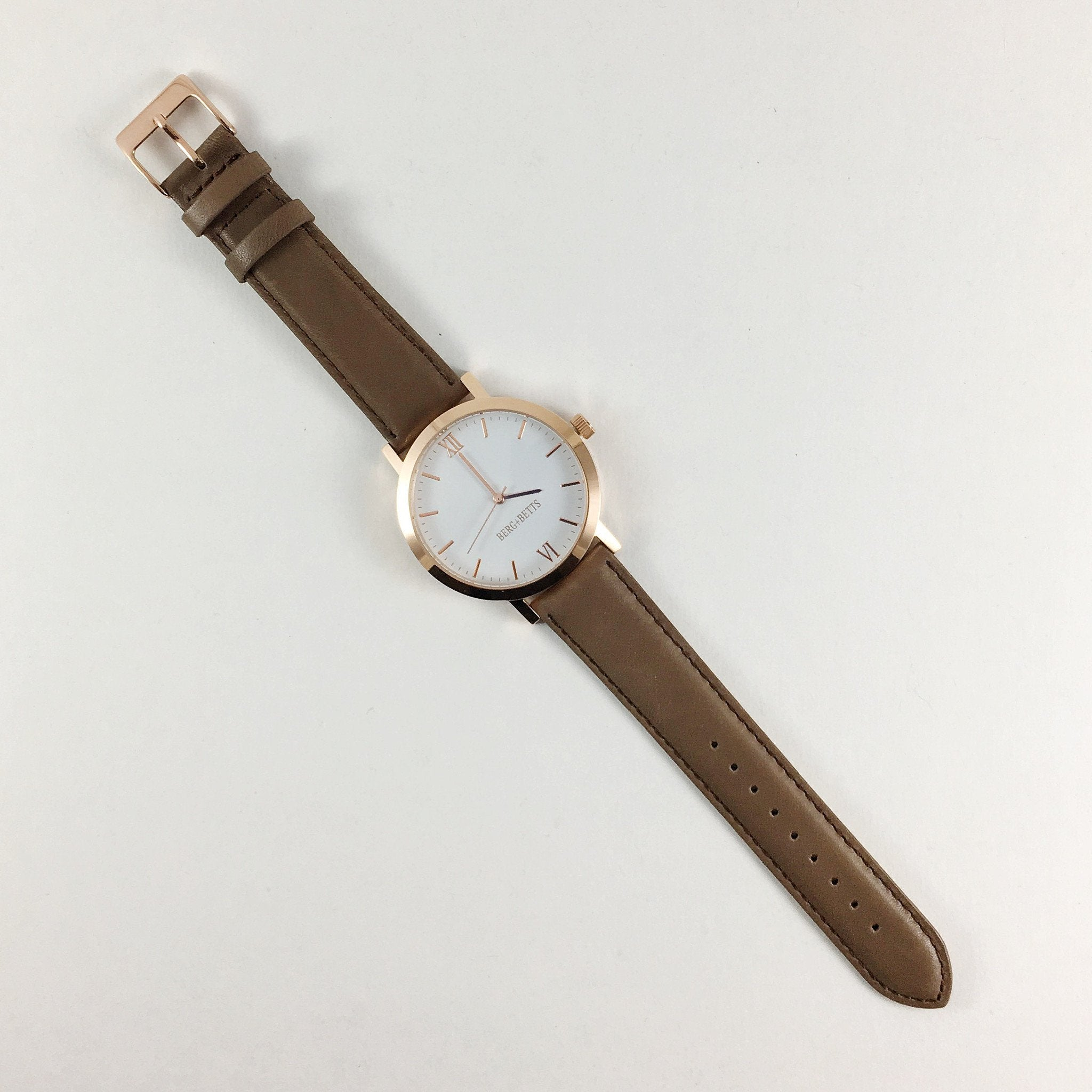 Minimalistic classic rose gold timepiece designed for your sustainable capsule wardrobe