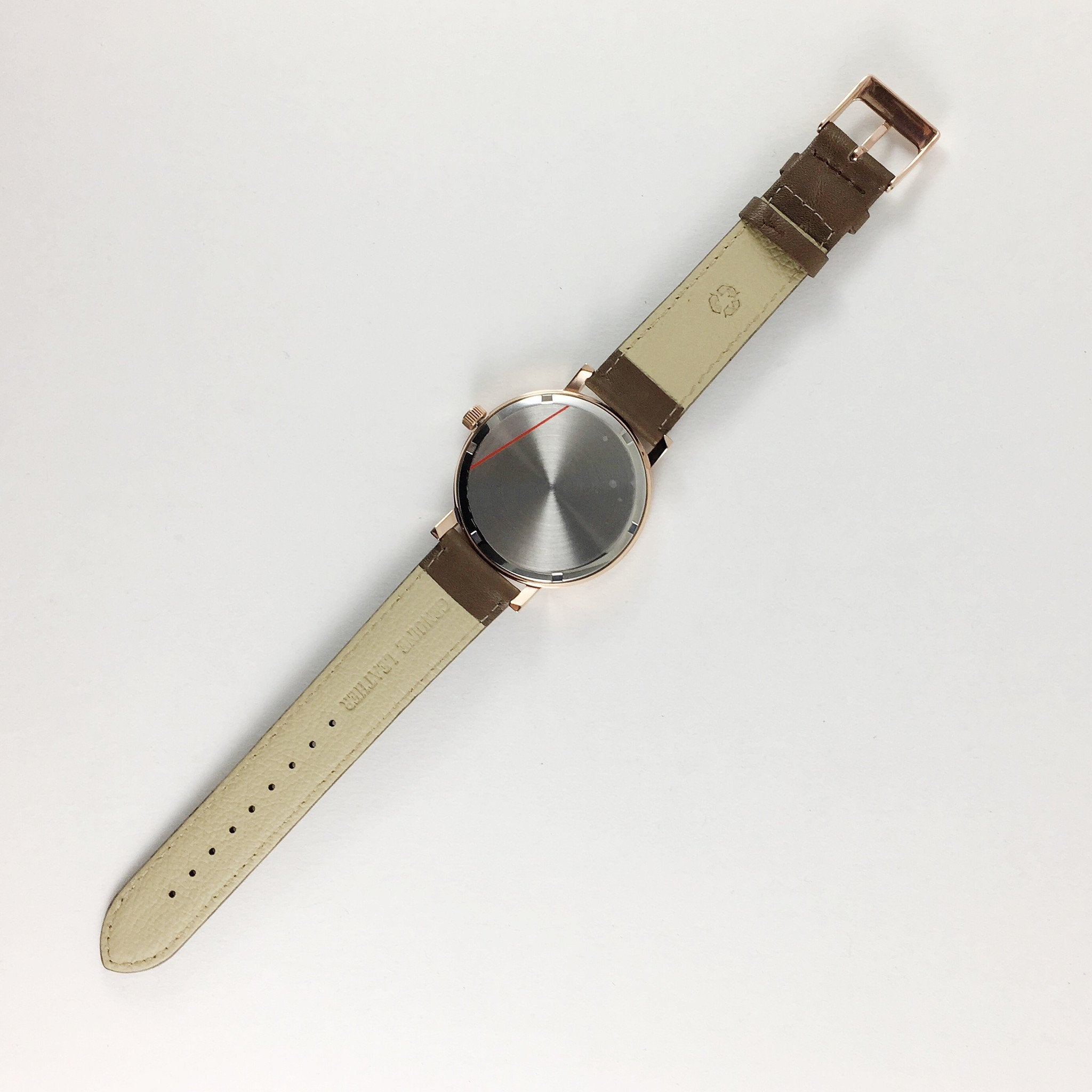 BERG+BETTS sustainably made interchangeable watch straps meticulously made from leather that would otherwise go to waste