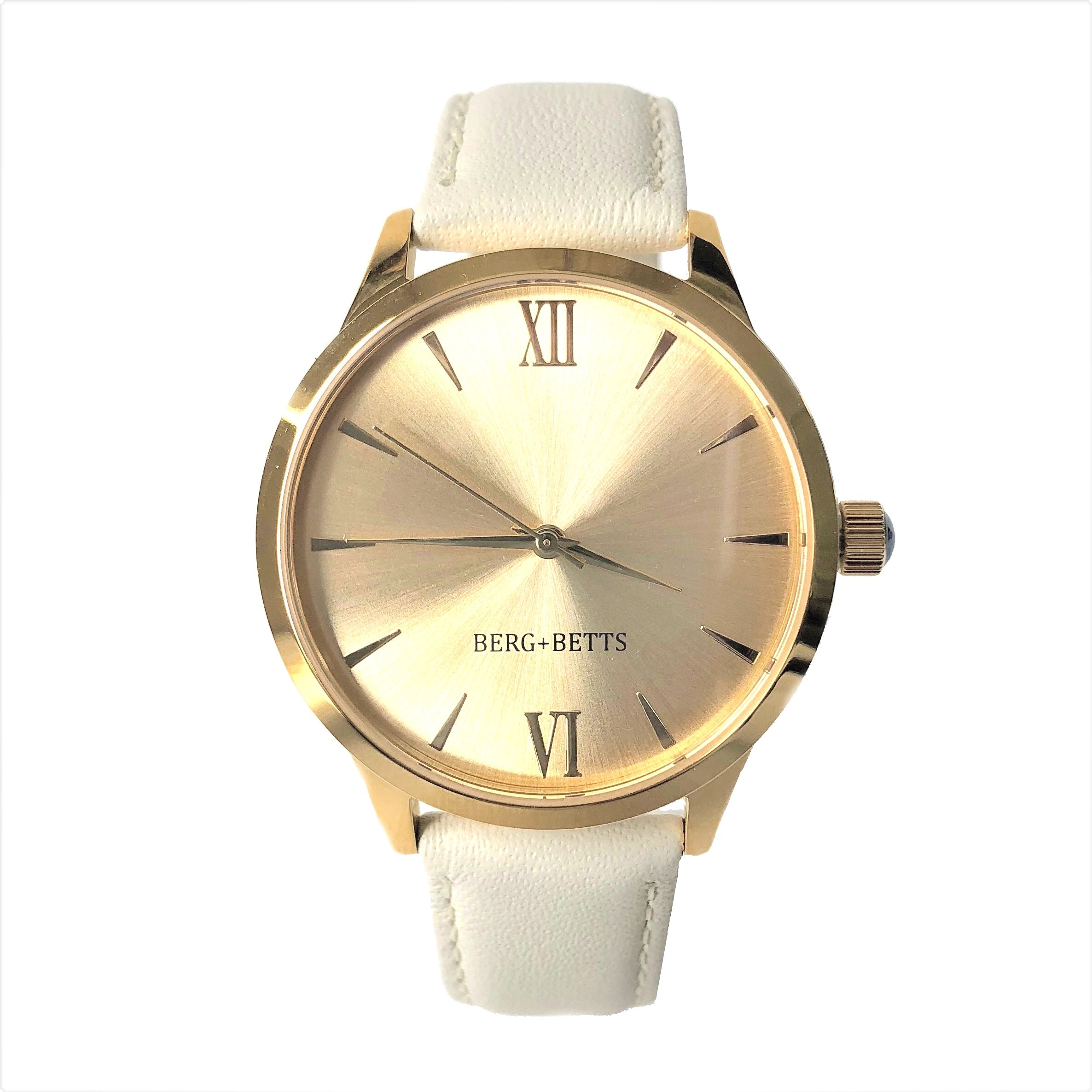 BERG+BETTS Minimalistic round gold watch is an essential to your sustainable wardrobe