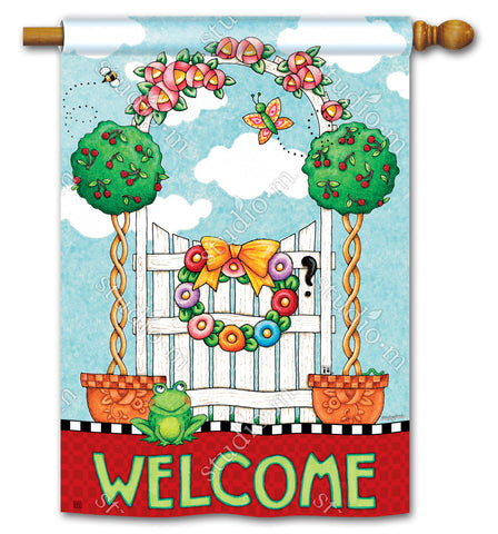 Topiary Gate Yard Flag