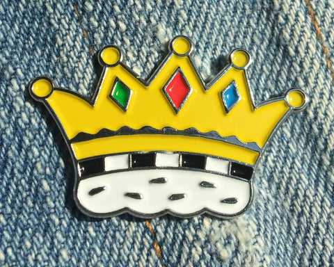 Crown Enamel Art Pin