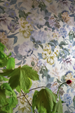 Wallpaper Delft Flower Charcoal