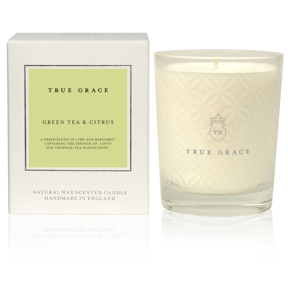 True Grace Village Classic Candle Green Tea