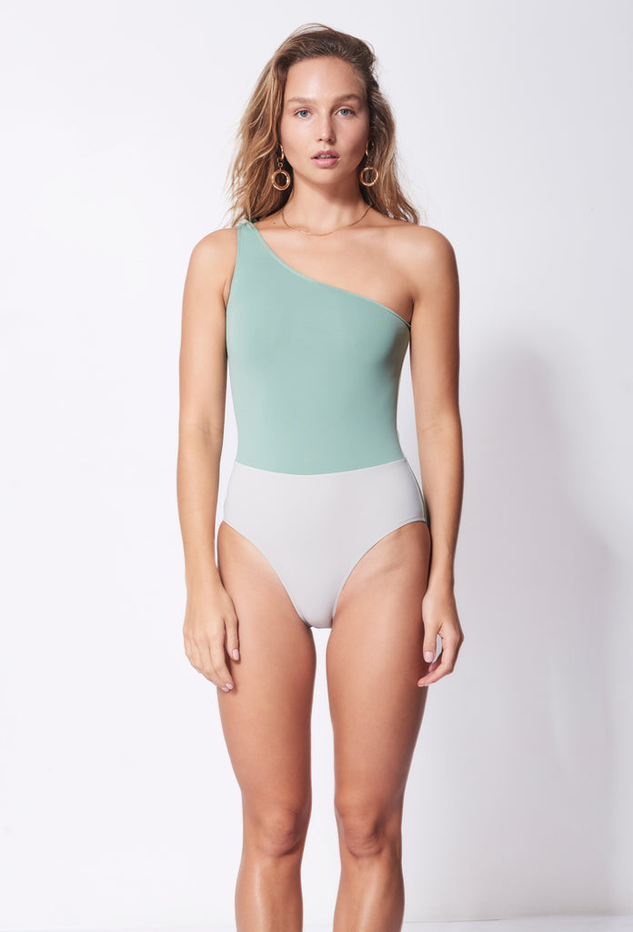 White Horse One Piece in Army / Ecru