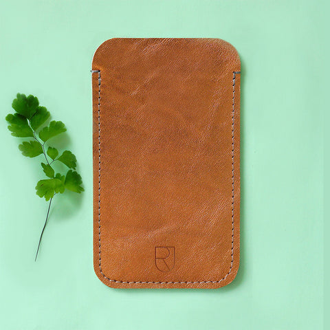 leather Iphone sleeve copper - Renske Versluijs