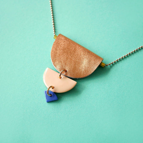 porcelain necklace #01