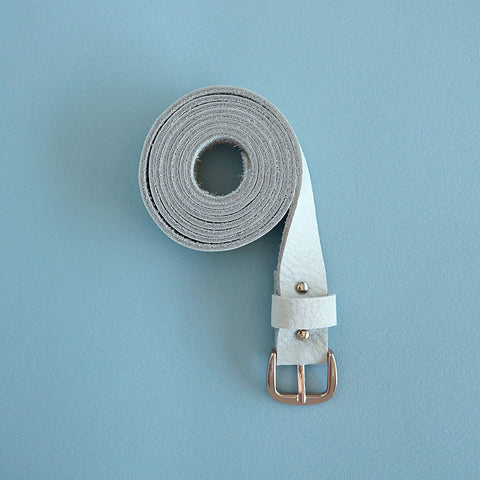leather belt sand - Renske Versluijs