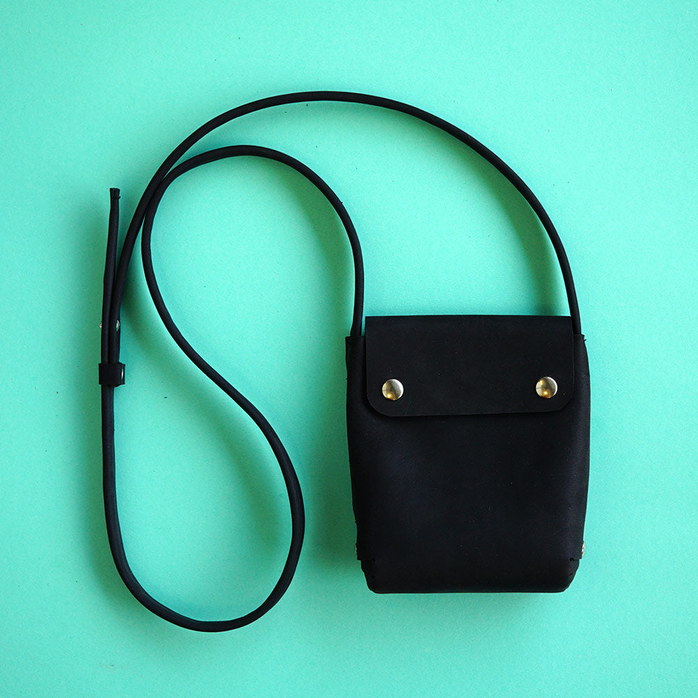small handbag BIO black