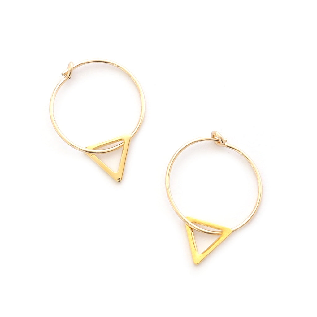 jessi gold hoop earrings with traingle charm