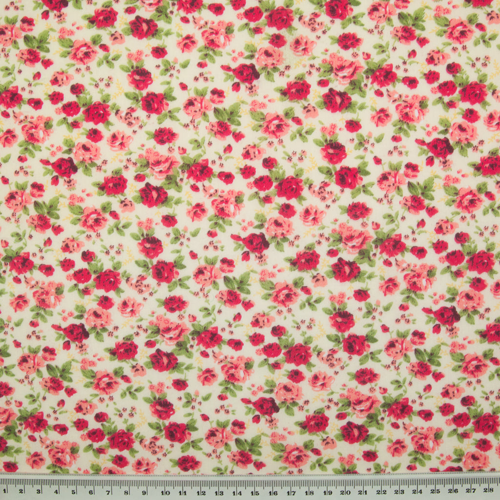 Country Rose - Polycotton - Red on Cream