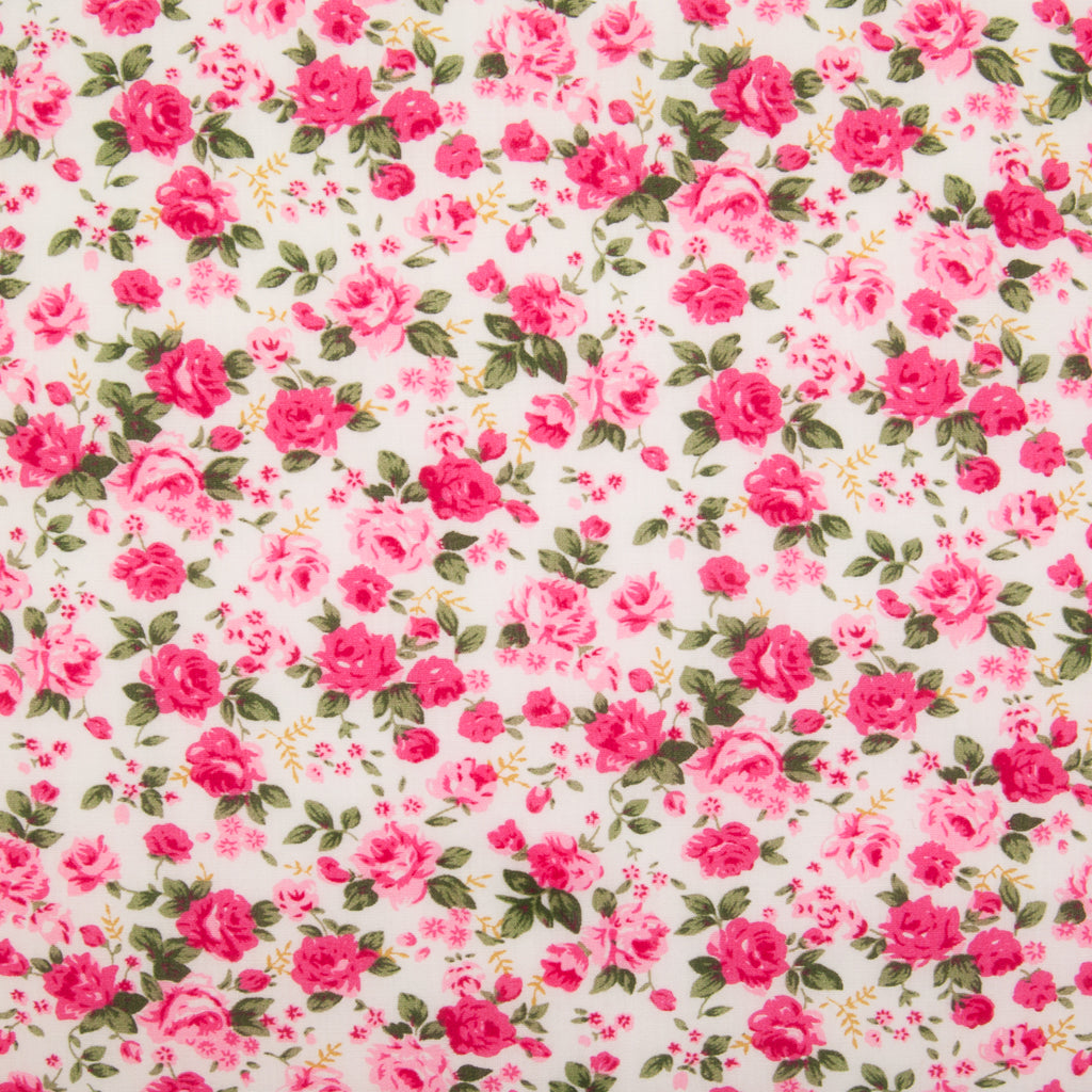 Country Rose - Polycotton - Pink on White