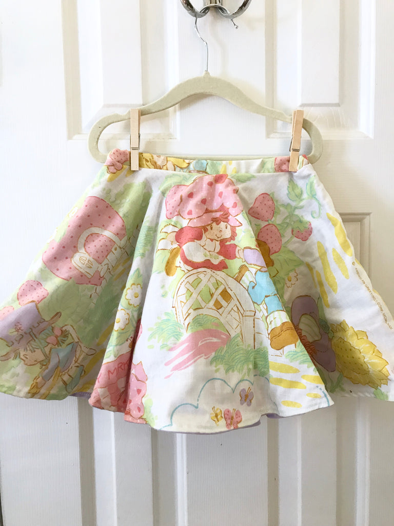 #14 Strawberry Shortcake Vintage Skirt  || 4-5t