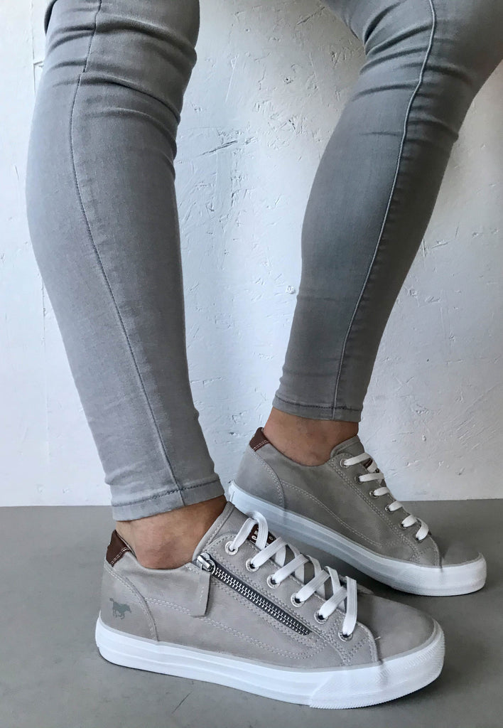 mustang grey shoes