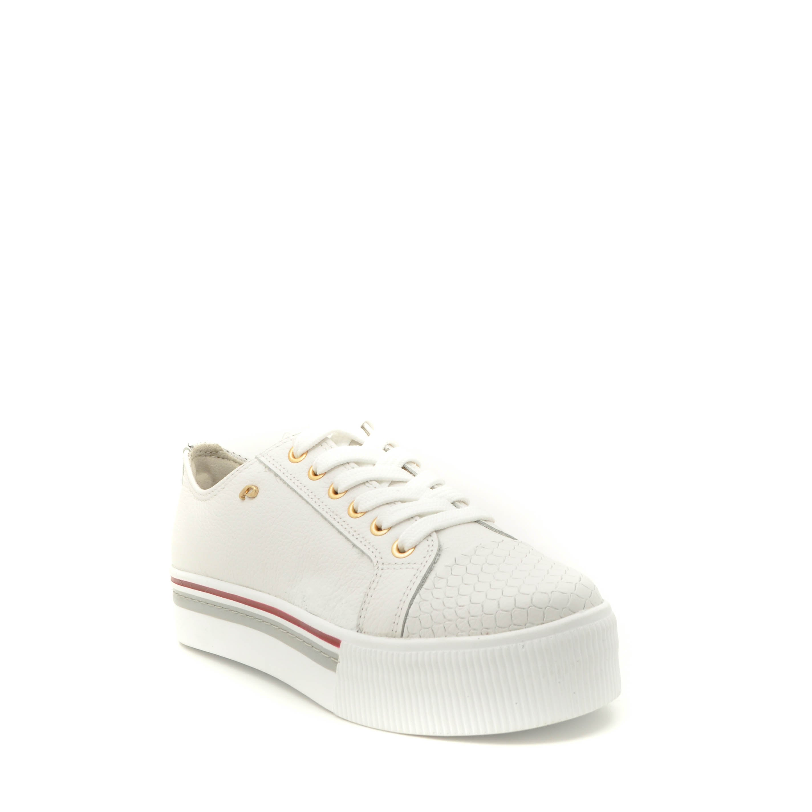 white leathers shoe