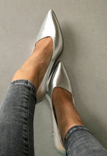 Load image into Gallery viewer, silver high heels