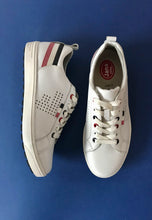 Load image into Gallery viewer, jana flat shoes