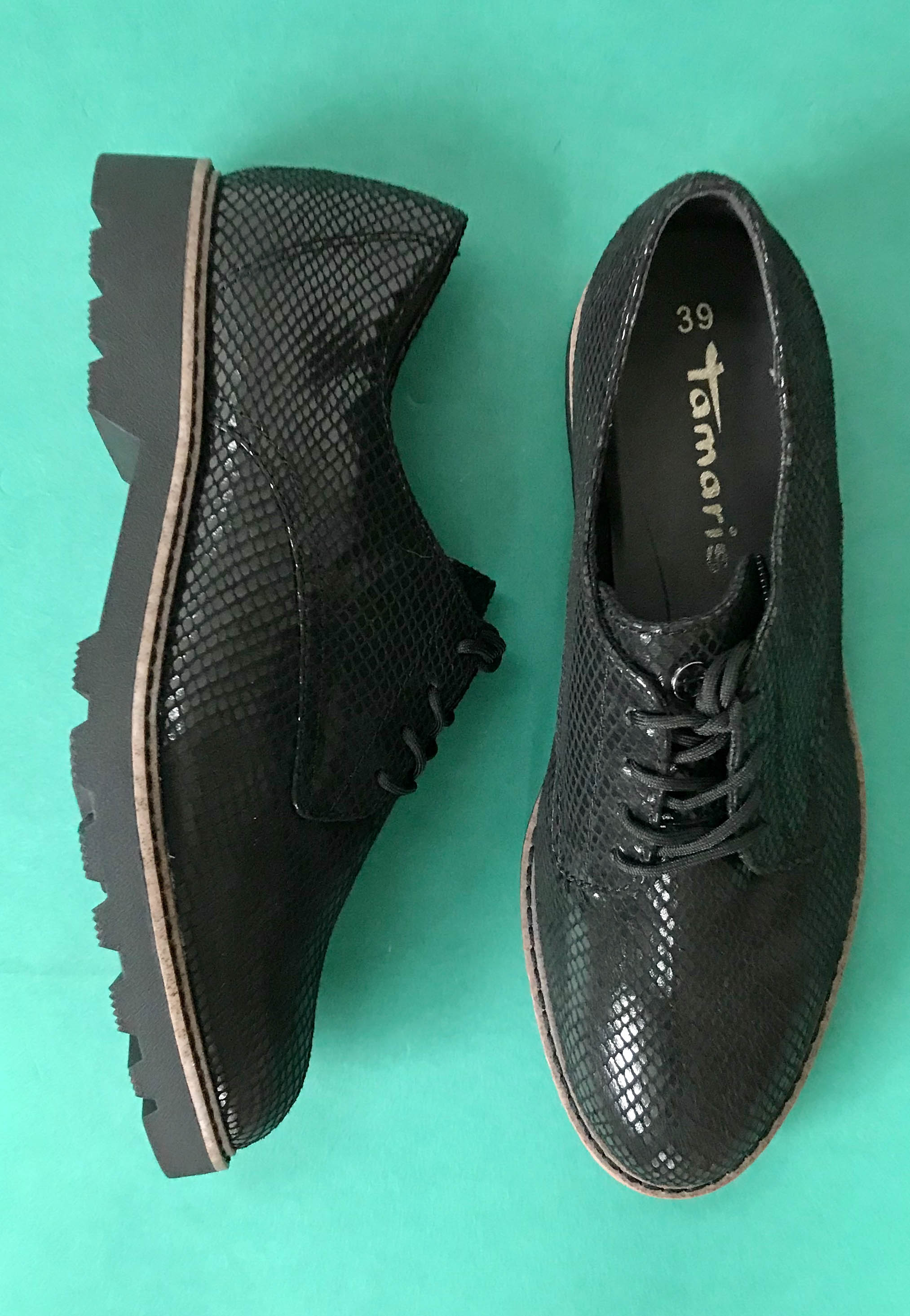 black brogue womens