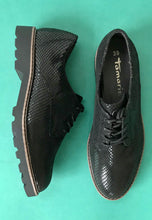 Load image into Gallery viewer, black brogue womens