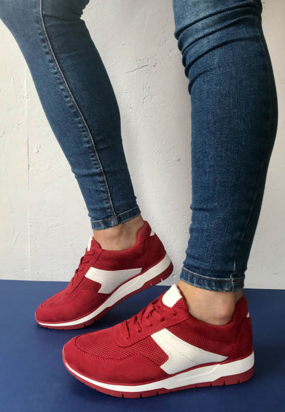red shoes Tamaris