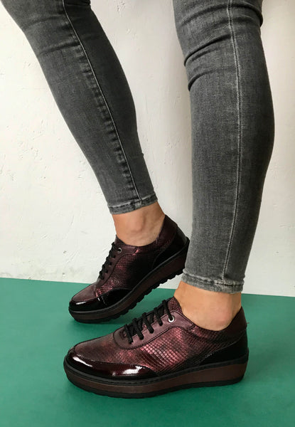 burgundy shoes