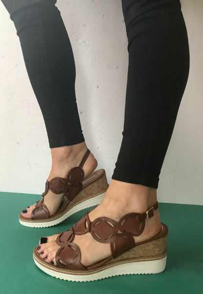 wedge sandals tamaris