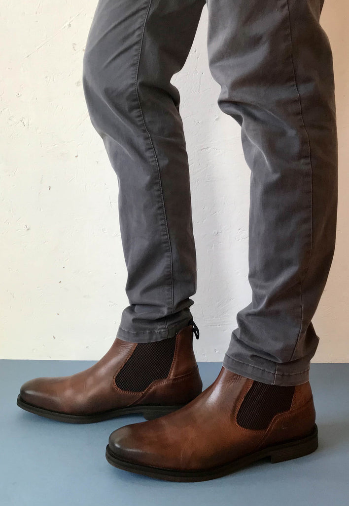 tan chelsea boots for men