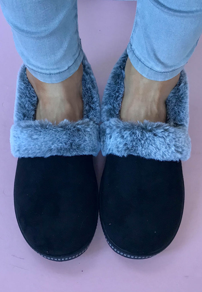 womens slippers black