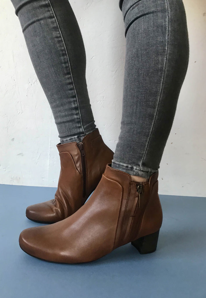 tan ankle boots gabor