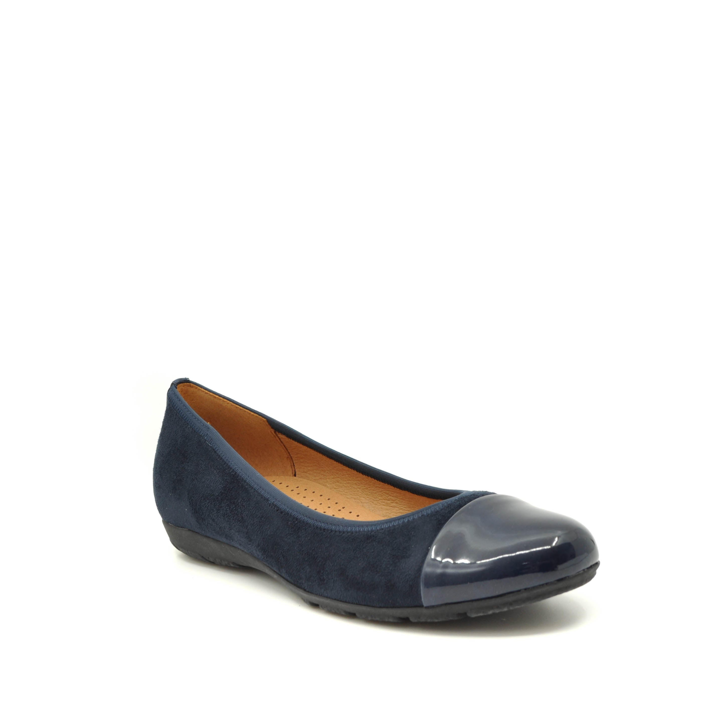 flat shoes gabor