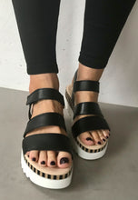 Load image into Gallery viewer, black gabor sandals
