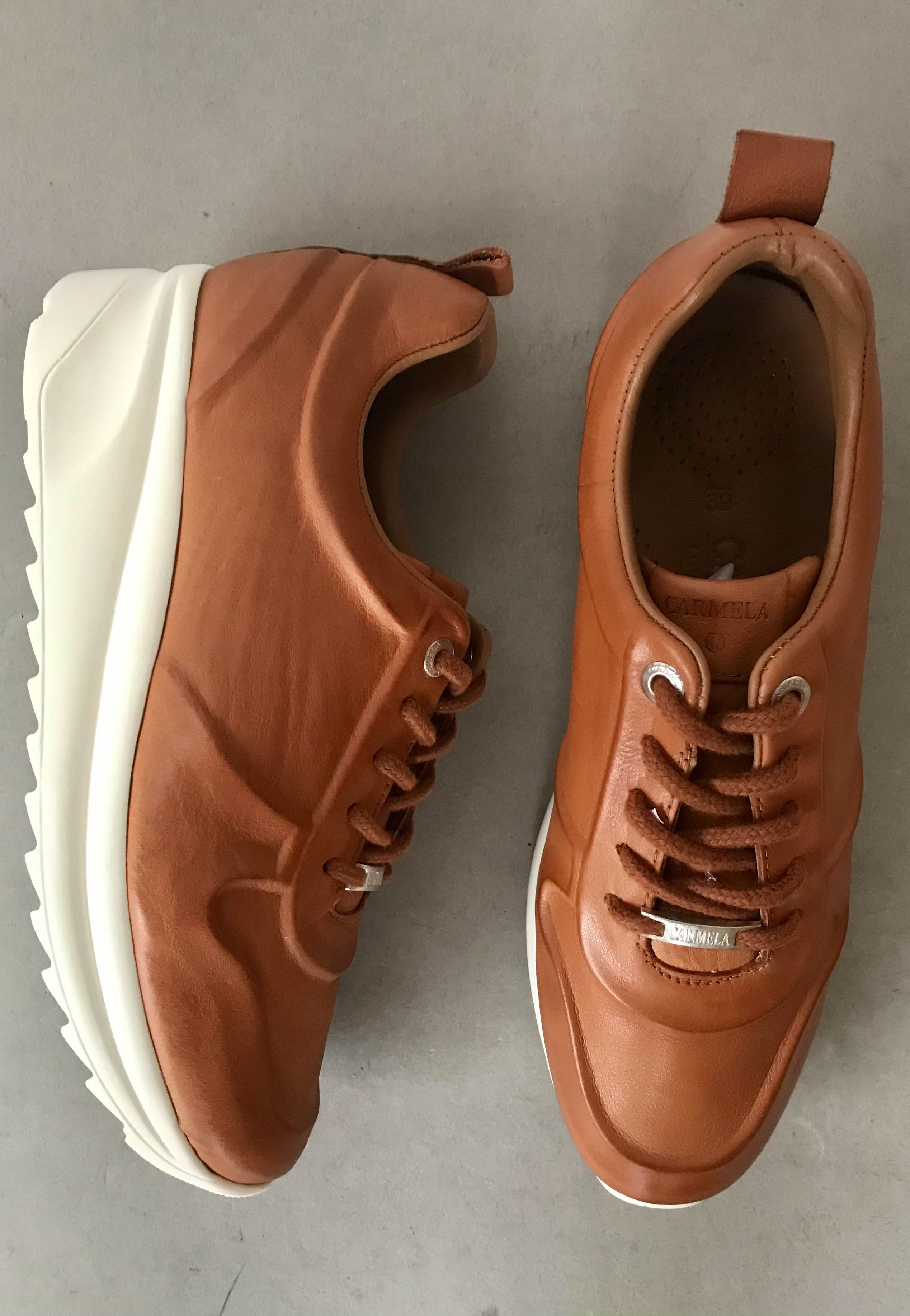 tan leather shoes carmela