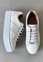 Load image into Gallery viewer, white leather trainers carmela