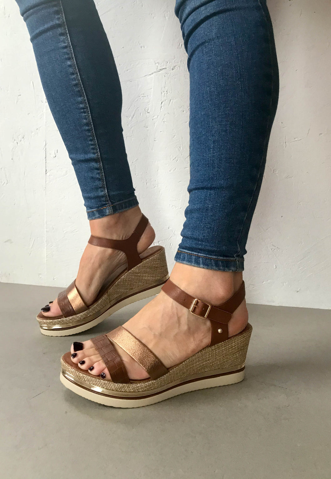 bronze wedge sandal Zanni
