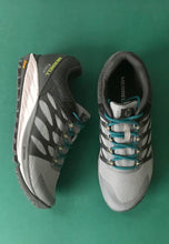 Load image into Gallery viewer, gortex runners Merrell