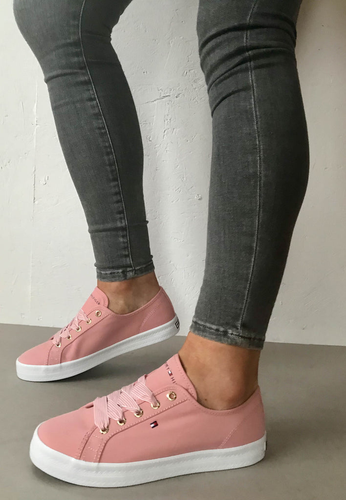 pink tommy trainers